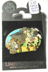 Disney 2007 Artist Choice Mickey Tri Circle D Ranch pin LE1500