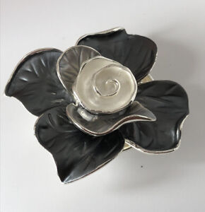Silver Tone Metal Grey White Painted Rose Flower Magnetic Backed Brooch