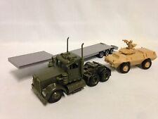 """Kenworth W900 Lowboy w/ 4 x 4 Military Mission 17"""" Diecast,1:43 New Ray Toy GR"""
