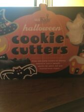 Williams Sonoma Kids Halloween Witch Hat Ghost House Bat Cookie Cutters New