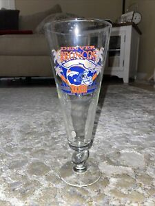 DENVER BRONCOS SUPER BOWL XXXIII CHAMPIONS TALL FOOTED GLASS