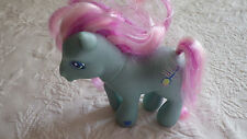 My Little Pony Horse Turquoise Green Banjo 2002 Hasbro Plastic Toy Magnetic Foot