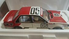 Classic Carlectables 1:18 Holden VH Commodore 1982 Bathurst Winner Peter Brock
