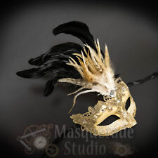 Women's Venetian Brocade Lace Feathered Mardi Gras Party Masquerade Mask [Ivory]