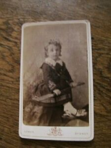 Vintage Photo 1870? Albert Lomer, Sydney - Cabinet Card Portrait Young Child