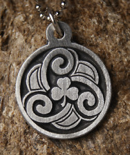 Shamrock pendant Ireland 3 Leaf Clover with chain