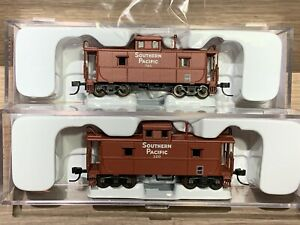 2 N Scale Atlas Trainman Southern Pacific C&O Cupola Cabooses 39827 39828 #320