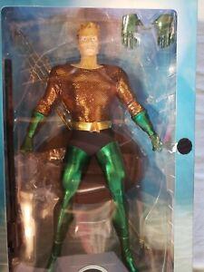 "DC Direct AQUAMAN 13"" Deluxe Collector Figure"