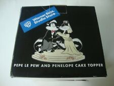 Warner Brothers Studio Store PEPE LE PEW & PENELOPE Wedding Cake Topper - NEW