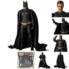 MAF049 Figma Batman Batman Begins Suit Action Figure DC Universe Statue Toys