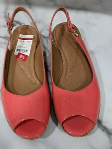 """CLARK'S """"NWT"""" WOMEN'S 8.5 PATENT LEATHER CHORAL SLING BACK SHOES"""