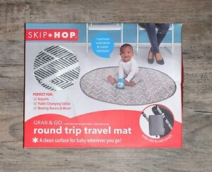 Skip Hop Grab And Go Round Trip Baby Travel Mat Zig Zag NEW IN BOX