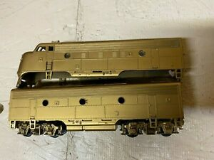 HO Scale Athearn? Undecorated F7A/F7B diesel locomotives