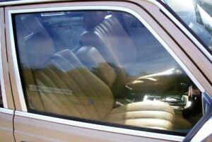 Mercedes Door Window Glass Front Right W123 Sedan Wagon '77-'79 w/ Nice Bracket