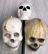 1-bid 3-skulls Halloween Blow Mold Skull Shaker Vintage Skull Hanger Skull hair.