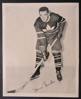 1945-1954 NHL Toronto Maple Leafs Hall Of Famer Howie Meeker Quaker Oats Photo