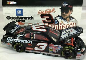 DALE EARNHARDT 1999 GM GOODWRENCH SERVICE PLUS / SIGN 1/24 ACTION DIECAST CAR