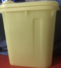 Vintage Small Yellow Tupperware Juice Jug With Lid