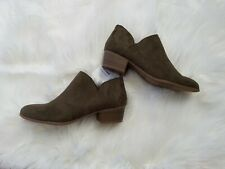 NWT Old Navy Smooth Faux-Suede Upper CutOut Bootie Zip Up Size 6 Color Olive