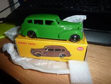 Atlas dinky toys 39a packard eight sedan