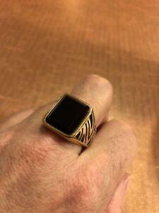 1980's Vintage Golden Stainless Steel Size 12 Men's Genuine Black Onyx Ring