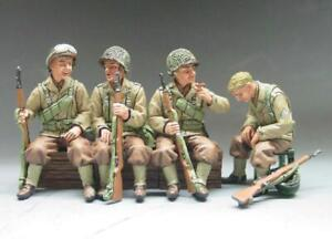 COCG-026 Truck Passengers - DD40 - King and Country - WWII - 60mm Metal with Box