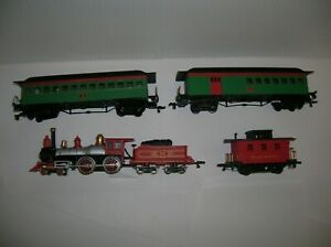 """BACHMANN HO  """" A USED NON WORKING VILLAGE EXP. OLD TIME 4 PC SET """"  LOT # 20974"""