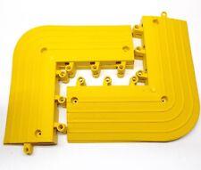 WEARWELL 4 PK MODEL 560 2RPR6 OUTSIDE CORNER YELLOW PVC ANTIFATIGUE TILE