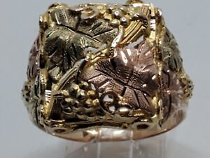 Mens 10k Solid Black Hills Gold Grape & Leaf Design Vintage Ring Size 9.5