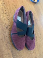 Ladies Clarks Shoes Size 6.5