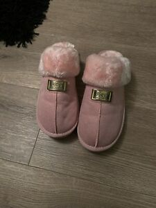 Ugg Pink Slippers Soze 6-7