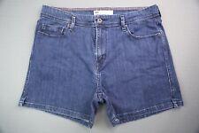 Women's 2012 Levi's Shorts 5 Pocket Medium Blue Size 12 (Measure 32x4)