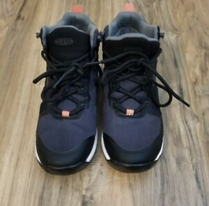 KEEN WOMEN'S 1022304 EXPLORE VENT MID HIKING BLACK/CORAL SHOES