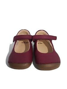 Clarks Infant Girls Shoes. Cruisers, Infant Size 5g.