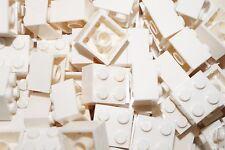 LEGO 40 x WHITE BRICKS 2 x 2 No 3003 (CITY,STAR WARS,FRIENDS,MOVIE)