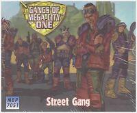 JUDGE DREDD: Street Gang Miniature Set - MEGA CITY ONE GAME - Wargame Models
