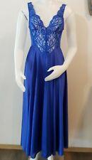 Olga Vintage Full Sweep Night Gown Sz M 92770 Stunning Blue Nylon Lace 70s USA