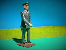 VINTAGE BRITAINS HOLLOWCAST LEAD ZOO SERIES ZOO KEEPER #931 SHORT VERSION STOOD