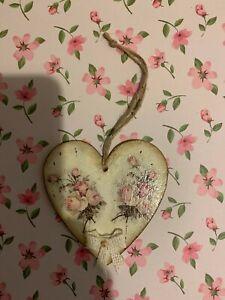 Peony Crafts handmade craft wall hanging Vintage Heart Roses 10cm