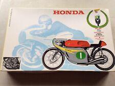 model kit  - moto Honda 250c.c 6 cilindri   -  by protar 1/9