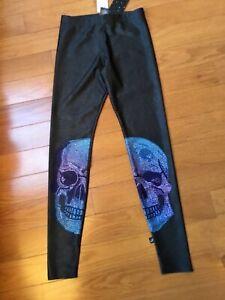 NWT Terez Girls Size XL Charcoal Gray Lycra Leggings w Big Skulls on Legs Ret$58