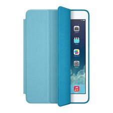 Custodie e copritastiera blu in pelle per tablet ed eBook