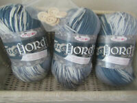 3 x100g (300g)King Cole Fairisle EFFECT Fjord WITH FREE FINISHING BUTTONS MOLDE