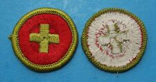 FIRST AID TYPE G MERIT BADGE -   GREEN BORDER   BOY SCOUTS - 7069