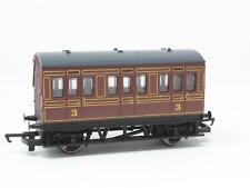 HORNBY RAILWAY 00 R. 213 GWR 4 WHEEL COACH (BROWN) MADE IN CHINA [NF3-022]