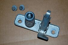 VW KARMANN GHIA 1965.5-1974 FRONT HOOD GUIDE PIN ASSEMBLY/LATCH, TYPE-3,4