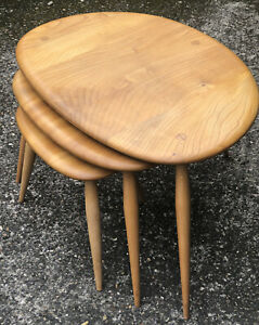 STUNNING  SET OF RETRO  ERCOL PEBBLE NEST OF  COFFEE TABLES VERY CLEAN CONDITION