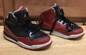 Air Jordan SC-3 Kids Flight 629943-001 Red Black Basketball Shoe Boys Size 11C