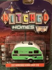 Greenlight  Hitched Homes Series 4  2017 Winnebago Winnie Drop 1710 camper
