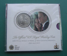 UK 2011 WILLIAM & CATHERINE WEDDING 5 Pounds Copper-Nickel Coin Royal Mint